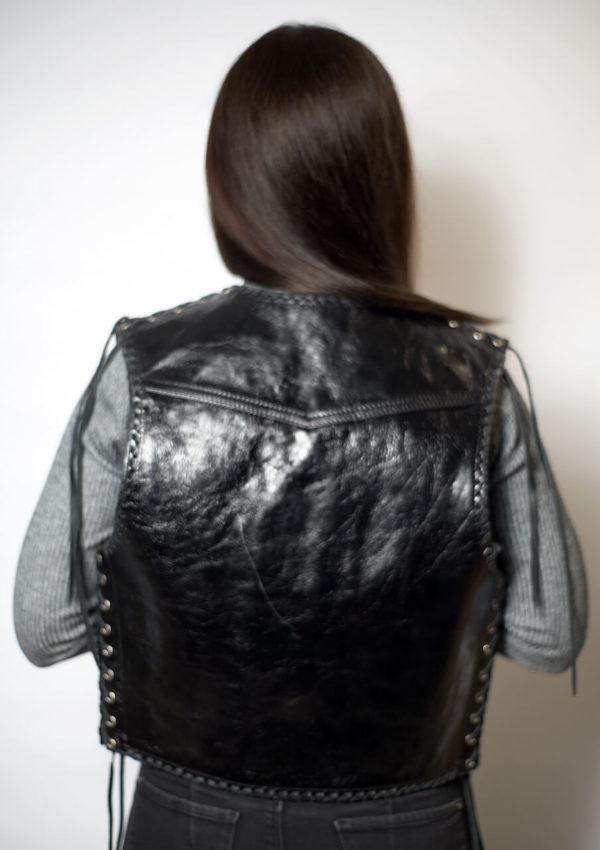 женский кожаный жилет в ковбойском стиле Alberto.ru