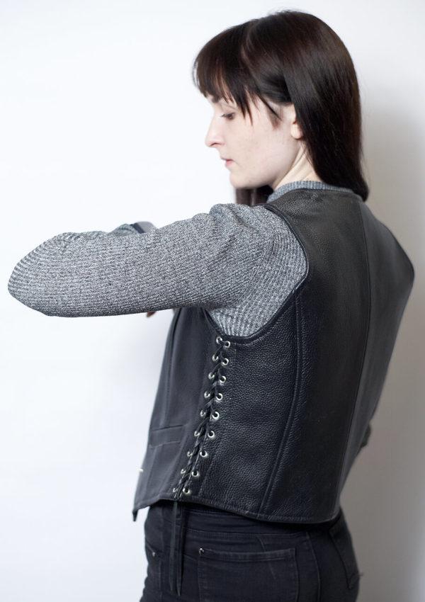 Кожаный жилет шнурованный из натуральной кожи Alberto.ru